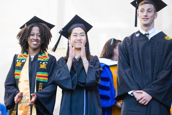 Merit-based aid là loại học bổng để thu hút các nhân tài từ khắp mọi nơi trên Thế giới đến với xứ cờ hoa