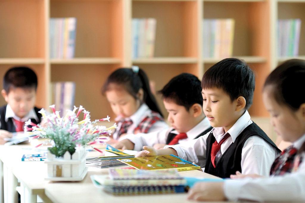 Đầu những năm trung học cơ sở chính là khoảng thời gian phù hợp cho việc tìm hiểu về các suất học bổng du học toàn phần