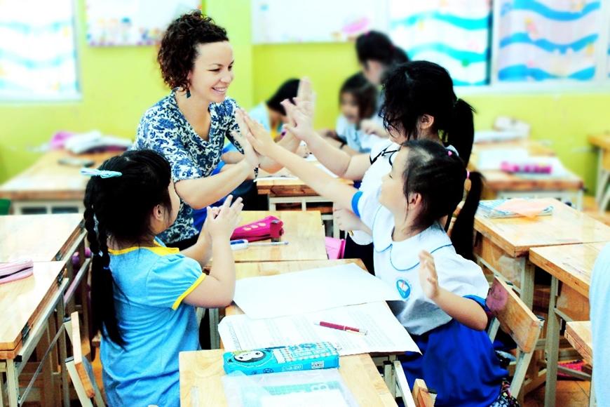 Một giờ học trong chương trình TATH của học sinh tiểu học tại TP Hồ Chí Minh