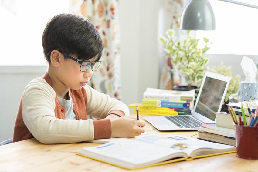 Học online giúp tăng mức ghi nhớ thông tin của học sinh lên đến 25-60%
